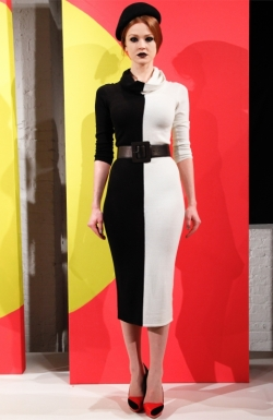 alice_olivia_black_white_turtleneck_dress_